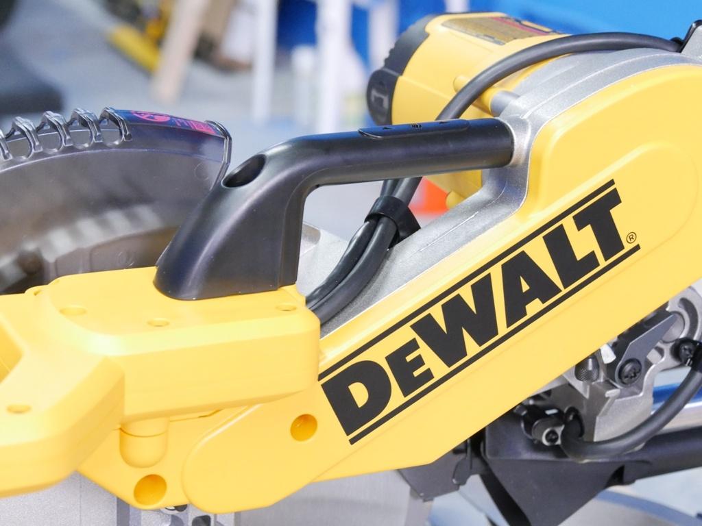 Dewalt Miter Saw Review 17